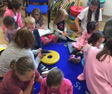6th class read with Junior Infants